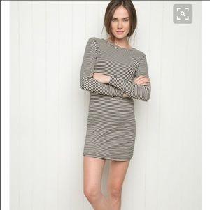 Brandy Melville Hazel dress